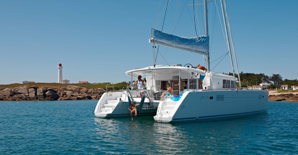 catamaran charter for family